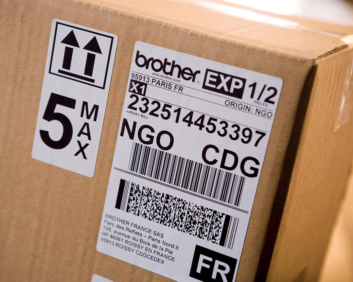 QL-1100 stampante di etichette professionale per grandi formati fino a 4'' 5