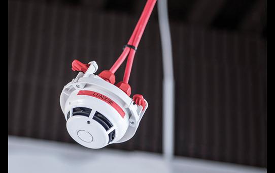 PT-E110VP étiqueteuse P-touch 12mm pour électriciens 7