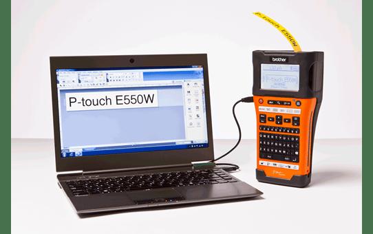 PT-E550WNIVP - set cu aparat de etichetare pentru rețele informatice 6
