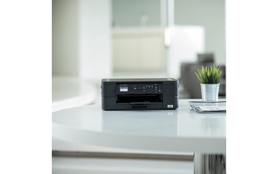 DCP-J572DW - Wireless 3-in-1 Colour Inkjet Printer 4