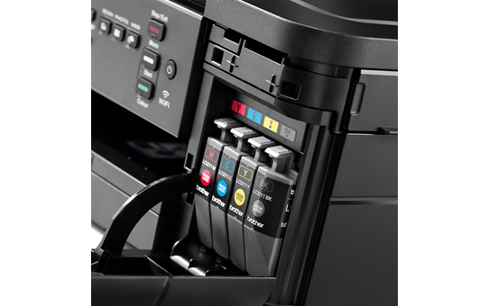 DCP-J572DW petite imprimante jet d'encre couleur 3-en-1 avec wifi 7