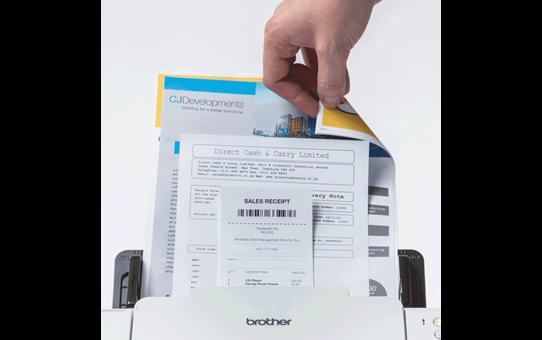 ADS-2200 scanner compact pour le petit bureau 7