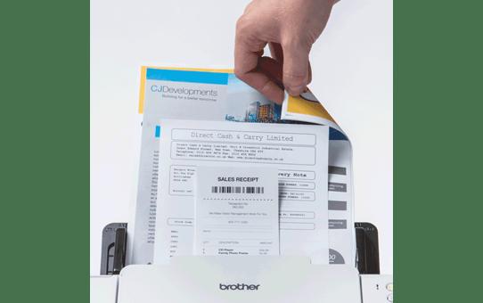 ADS-2700W brežični in žični namizni dokumentni skener  5