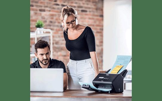 ADS-3000N scanner de bureau 5