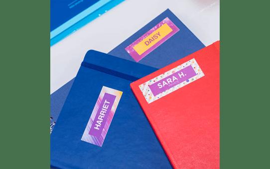 Oryginalna taśma ciągła Brother CZ-1004 o szerokości 25mm umożliwiająca druk kolorowych etykiet 15