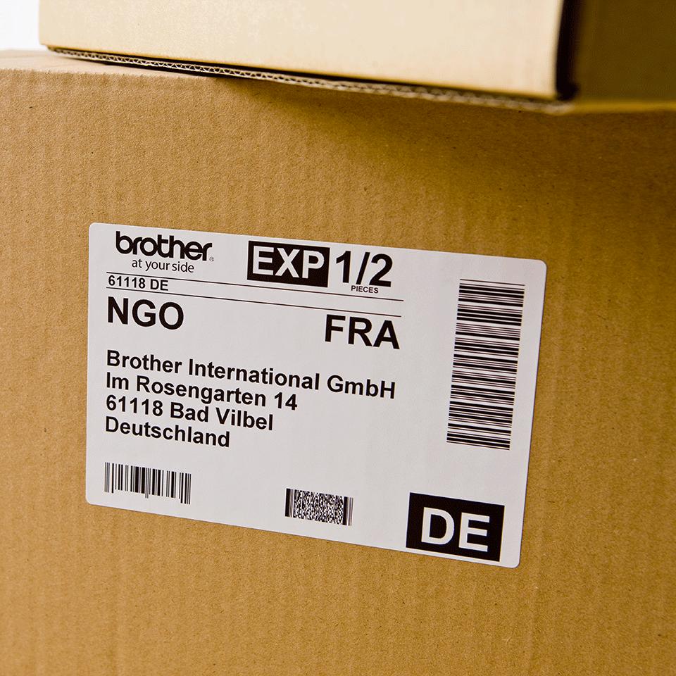 Oriģināls Brother DK-11202 uzlīmju lentas rullis – melnas drukas, balta, 62mm x 100mm 2