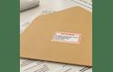 Original Brother DK22251 løbende papirlabelrulle – sort/rød  skrift på hvid label, 62 mm 2