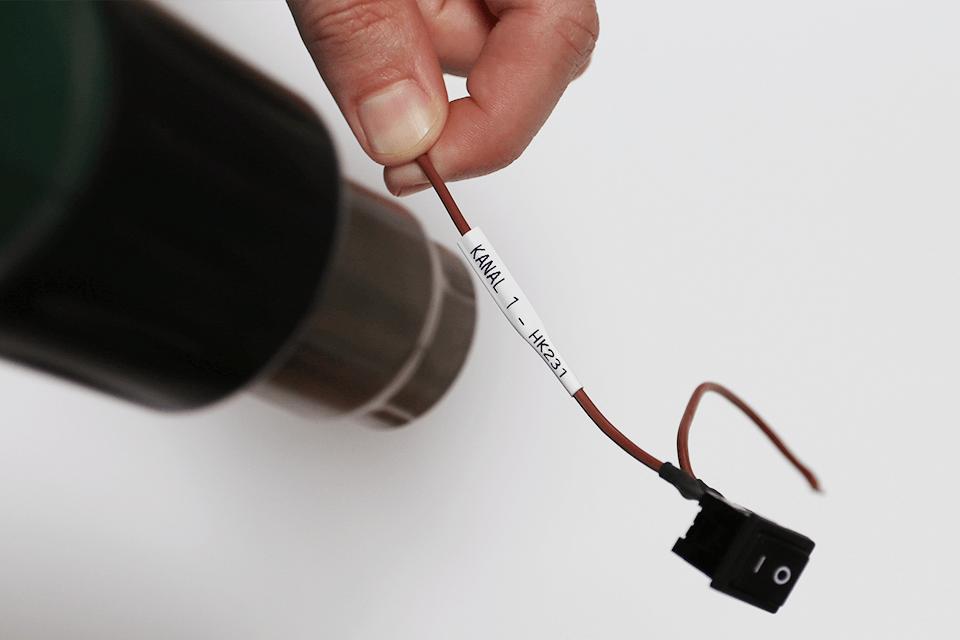 Brother original HSe211 krympestrømpe - sort på hvit, 5,8 mm bred 4