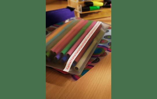 TZe-222 ruban d'étiquettes 9mm 4