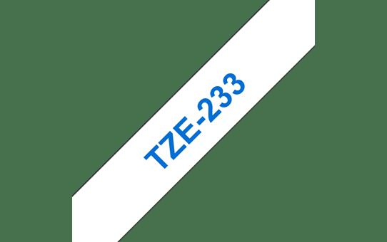 Brother original TZe233 merketape - blå på hvit, 12 mm bred