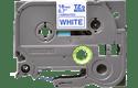 Oryginalna taśma TZe-243 firmy Brother – niebieski nadruk na białym tle, 18mm szerokości 2