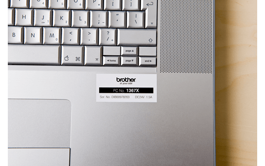 Casetă cu bandă de etichete originală Brother TZe-251 – negru pe alb, 24mm lățime 4