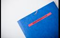 Brother TZe-431 Schriftband – schwarz auf rot