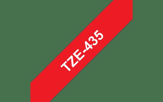 Brother TZe-435 Schriftband – weiß auf rot 2