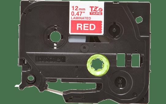 Brother TZe435: оригинальная лента для печати наклеек белым на красном фоне, ширина: 12 мм.