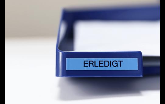 Oriģinālā Brother TZe521 melnas drukas zila uzlīmju lentes kasete, 9mm plata 4