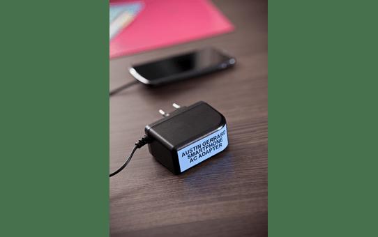 Cassette à ruban pour étiqueteuse TZe-541 Brother originale – Noir sur bleu, 18mm de large 4