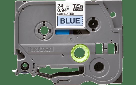 Casetă cu bandă de etichete Brother TZe-551 – negru pe albastru, lățime de 24mm 2