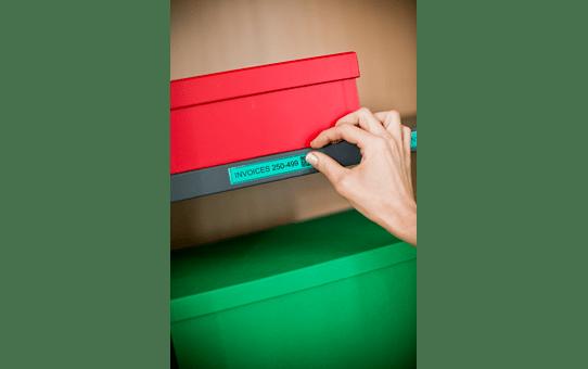 Cassette à ruban pour étiqueteuse TZe-741 Brother originale – Noir sur vert, 18mm de large 4