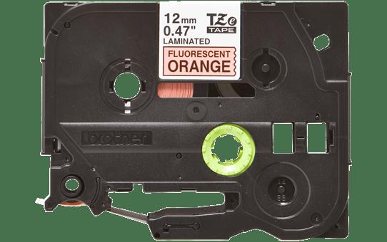 Originali Brother TZe-B31 ženklinimo juostos kasetė – fluorescentinės oranžinės spalvos, 12 mm pločio.