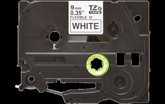 Brother TZeFX221 original etikettape, svart på vit, 9 mm  2