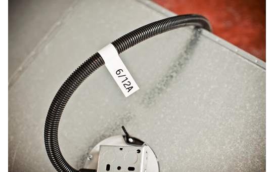 Originální kazeta s páskou Brother TZe-FX231 - černý tisk na bílé, šířka 12 mm 4