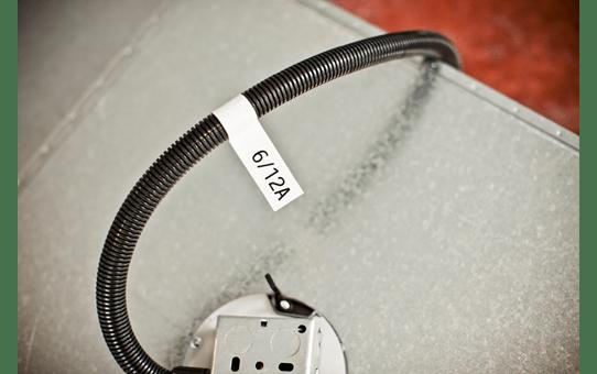 Oryginalna taśma identyfikacyjna Flexi ID TZe-FX231 firmy Brother – czarny nadruk na białym tle, 12mm szerokości 4