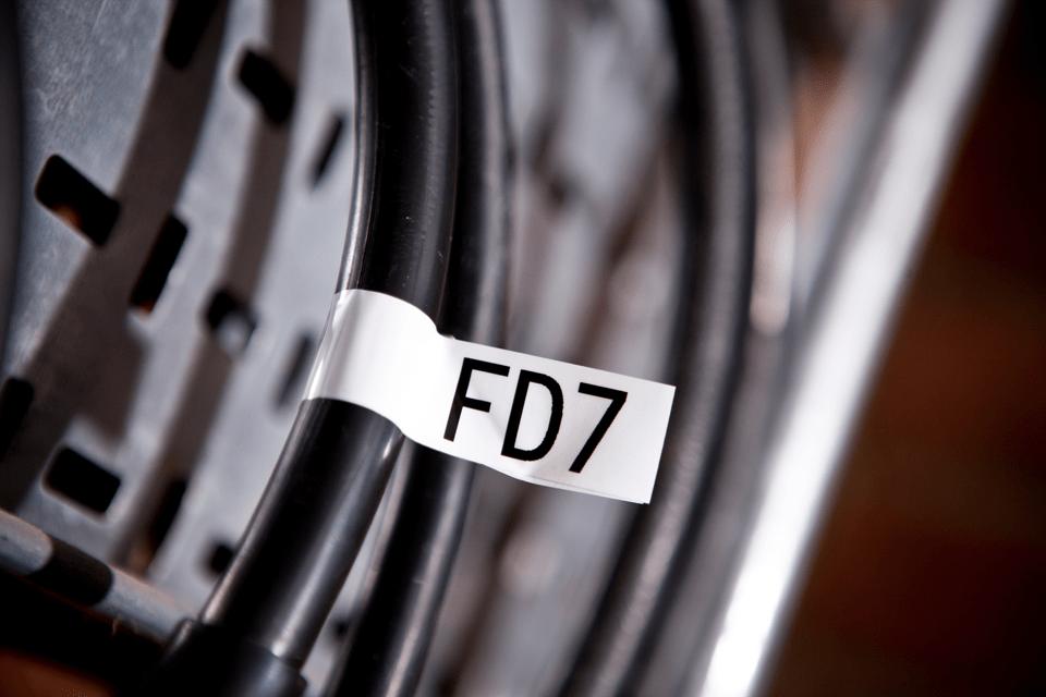 TZe-FX251_main2