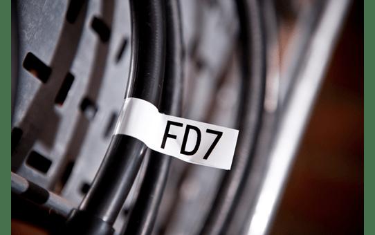 Casetă cu bandă de etichete originală Brother TZe-FX251 – negru pe alb, lățime de 24mm 4