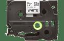 Originální kazeta s páskou Brother TZe-FX261 - černý tisk na bílé, šířka 36 mm 2