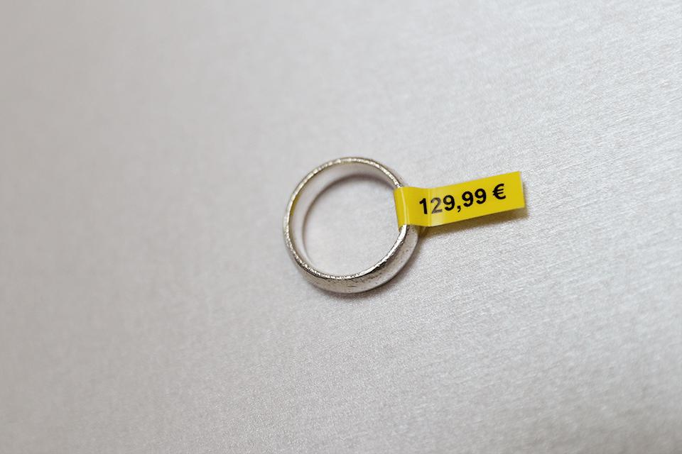 Eredeti Brother TZe-FX611 szalag  – Sárga alapon fekete, 6 mm széles 4
