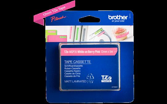 Originali Brother TZe-MQP35 ženklinimo juostos kasetė – baltos raidės rožiniame fone, 12 mm pločio 2
