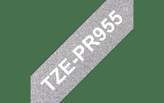 Brother original TZe-PR955 etikettape – Vit på glittrande silver, 24 mm bred