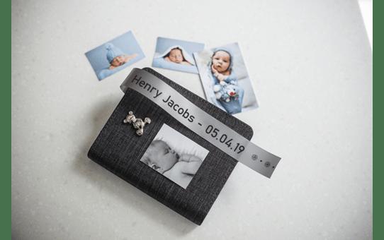Originele Brother TZe-R951 lintcassette – zwart op zilver, 24 mm breed 4