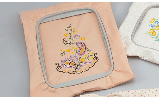 13 x 18cm embroidery frame EF84