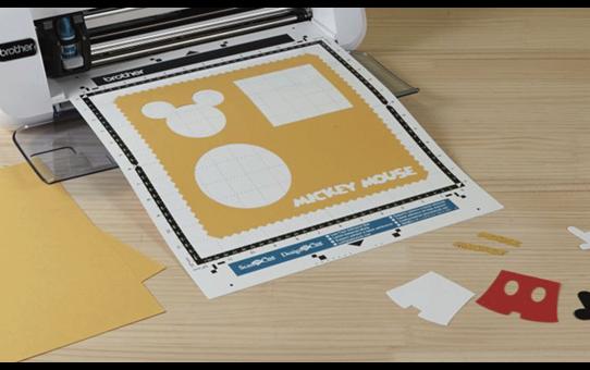 Collection de créations en papier «Mickey et Minnie» CADSNP01 4