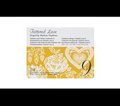 Carte Collection 9 de motifs dentelle Tattered Lace sur fond blanc