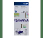 Chargeur de rouleau CADXRF1 pour ScanNCut DX dans un emballage fleuri