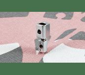 Adaptateur en métal F010N pour machines à coudre tige basse