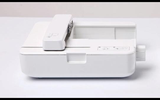 Innov-is 950 швейно-вышивальная машина  7