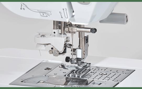 Innov-isNV2700 Machine à coudre, à quilter et à broder 10