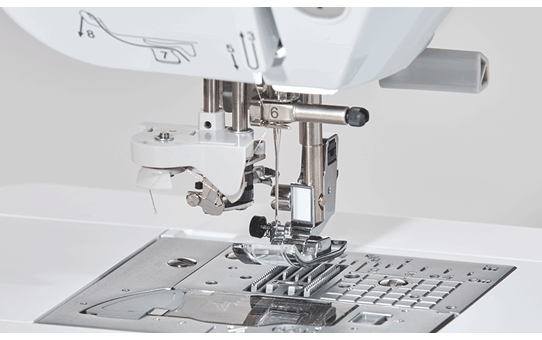 Innov-is NV2700 Näh-, Quilt- und Stickmaschine 10