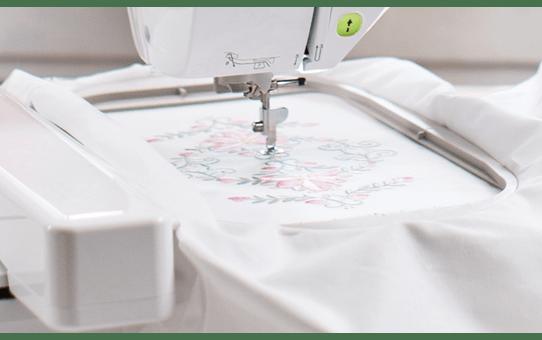 Innov-is NV2600 швейно-вышивальная машина 3