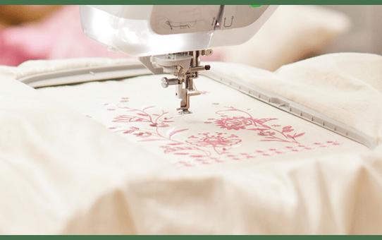 Innov-is V5 швейно-вышивальная машина 5