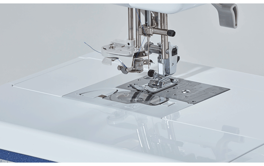 Innov-is V5LE sewing, quilting and embroidery machine 4