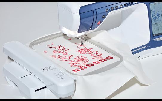 Innov-is V5LE швейно-вышивальная машина  5