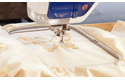 Innov-is V7 sewing, quilting and embroidery machine 4