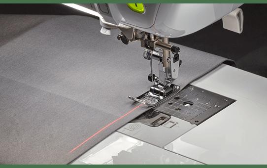 Stellaire Innov-is XJ1 naai-, quilt- en borduurmachine 3