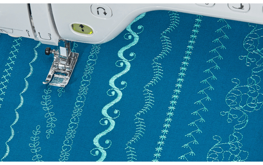 Innov-is Stellaire XJ1 sewing, quilting and embroidery machine 9