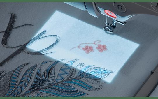 Innov-is-Luminaire-XP1 Potente macchina per cucire, trapuntare e ricamare 6